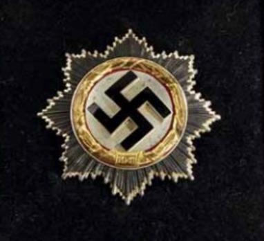"German Cross, in Gold, by Gebr. Godet (""21"", cupal) Obverse"