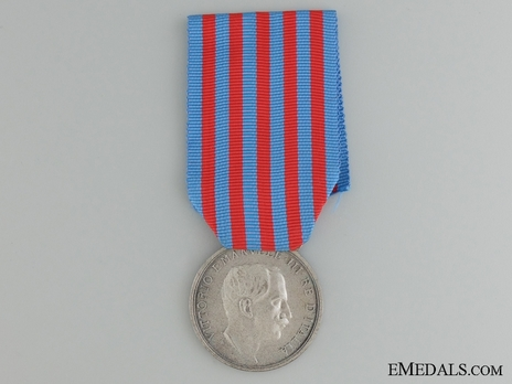 "Silver Medal (stamped ""S.J."", with silvered bronze) Obverse"