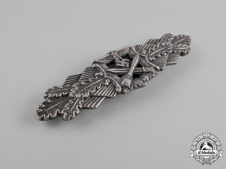 Close Combat Clasp, in Silver, by F. Linden Obverse