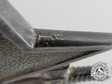 Knight's Cross of the War Merit Cross with Swords, by Deschler (unmarked) Detail