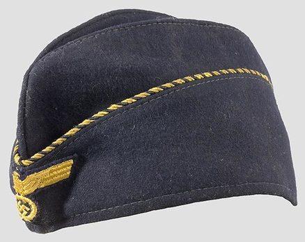Kriegsmarine Leader's Female Overseas Cap Profile