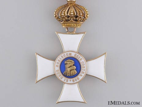 I Class Knight's Cross (with crown) (in gold) Obverse