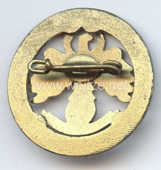 Tyrolean Marksmanship 3 Years of Gau Champion Shooter Badge, Small Reverse