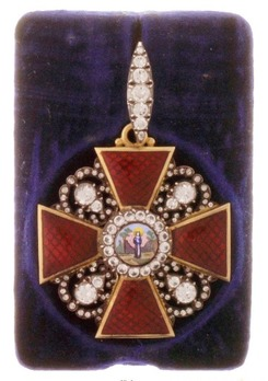 Order of St. Anne, Type III, Civil Division, II Class Badge (with diamonds)