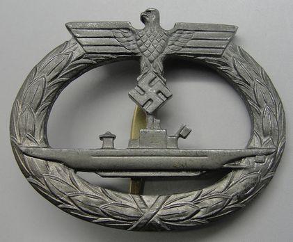 Submarine War Badge, by P. Meybauer (in zinc) Obverse