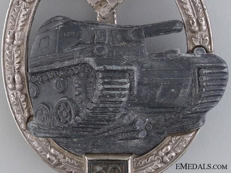"Panzer Assault Badge, ""50"", in Silver (by J. Feix) Detail"