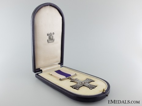 Silver Cross (with 1 clasp, 1914-1937) in Case of Issue