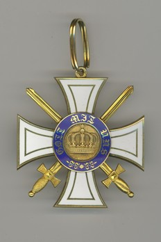 II Class Cross (with swords, in gold) Obverse