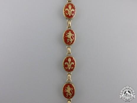 Order of Saints Cyril and Methodius, Lesser Collar (Gold) Obverse