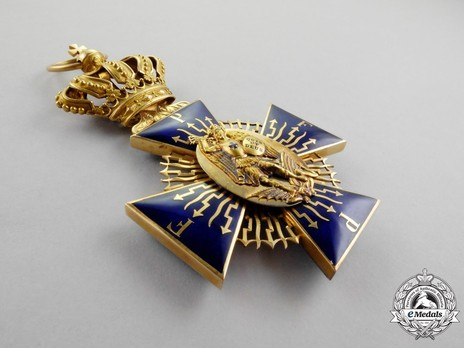 Royal Order of Merit of St. Michael, Grand Cross Obverse