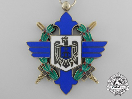 Order of Aeronautical Virtue, Type I, Military Division, Commander's Cross Obverse