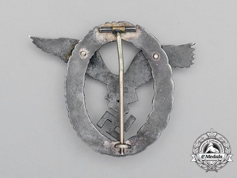 Pilot Badge, by W. Deumer Reverse