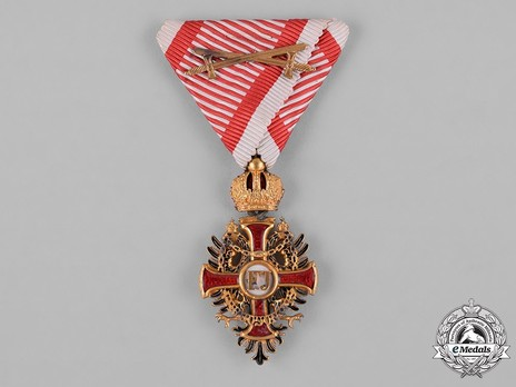 Order of Franz Joseph, Type II, Military Division, Knight (with gold swords)
