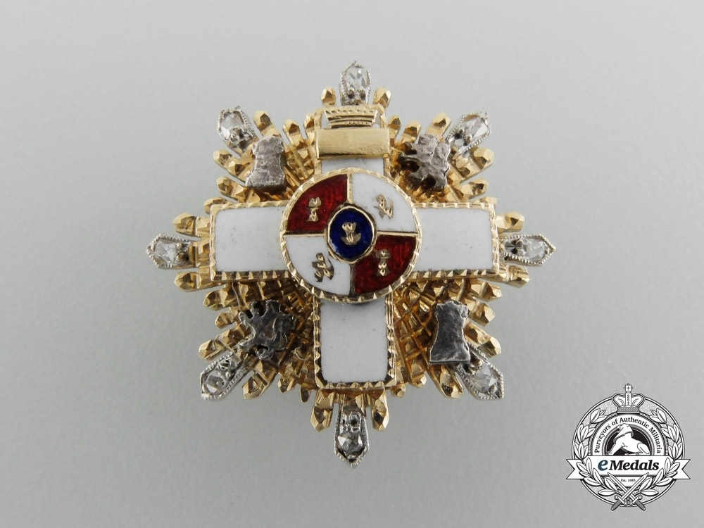 Miniature+3rd+class+breast+star+%28gold+and+diamonds%29+obverse01
