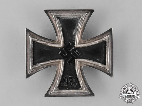 Iron Cross I Class, by Klein & Quenzer (unmarked) Obverse