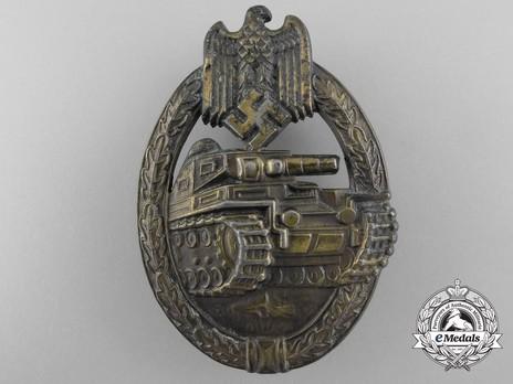 Panzer Assault Badge, in Bronze, by Unknown Maker: Seven Wheels Obverse