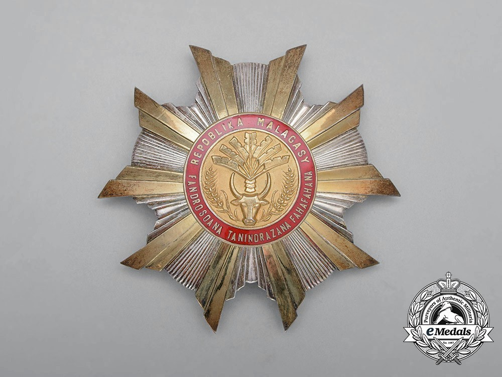National+order+of+the+republic+of+madagascar%2c+type+i%2c+grand+officer+breast+star+1