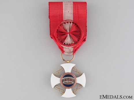 Order of the Crown of Italy, Officer's Cross Obverse