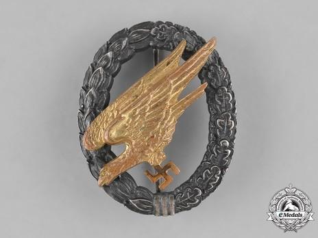 Luftwaffe Paratrooper Badge, by W. Deumer Obverse