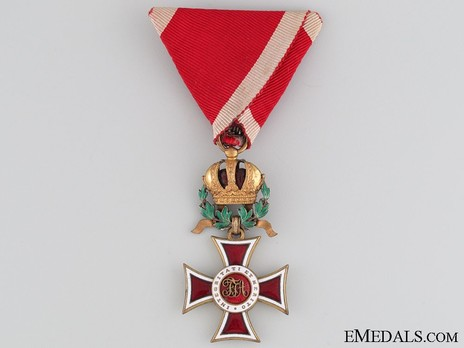 Order of Leopold, Type III, Military Division, Knights Cross (with War Decoration) Obverse