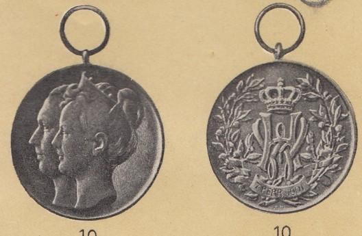 """Wedding Medal, (1901) in silver (stamped """"P. PANDER"""")"""