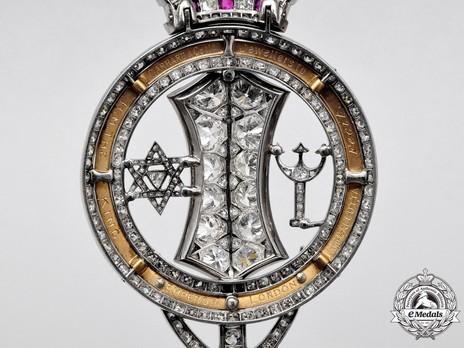Royal Family Order, Grand Cross Reverse