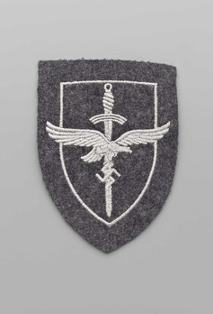Luftwaffe Female Auxiliary Anti-Aircraft Sleeve Insignia Obverse
