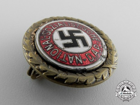 NSDAP Golden Party Badge, with Date of Issue (small) Obverse