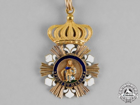 Royal Order of Saint Ferdinand and of Merit, Knight Obverse