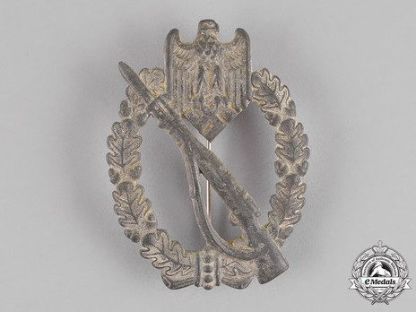 Infantry Assault Badge, by J. Bauer (in silver) Obverse