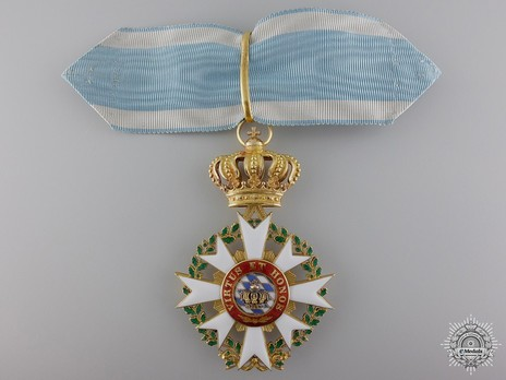 Merit Order of the Bavarian Crown, Commander (in gold) Obverse