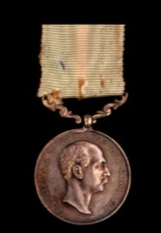 Royal+household+medal%2c+in+silver+%28george+i%2c+with+1881%29