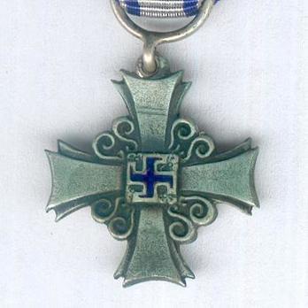 Miniature Lotta Svärd Cross of Merit Observe