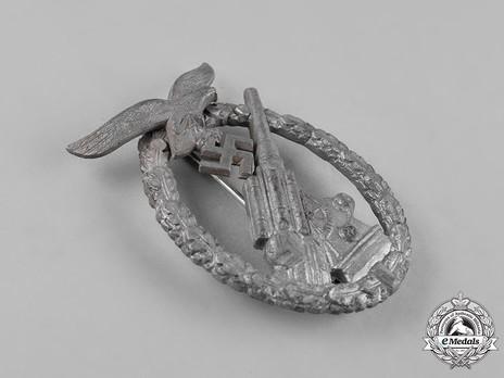 Luftwaffe Flak Badge, by E. F. Wiedmann Obverse
