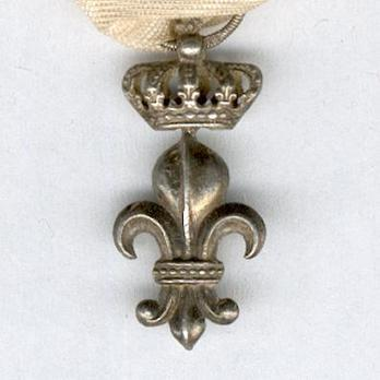 Silver Fleur-de-Lys (with crown) Obverse