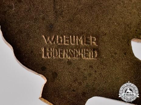 Luftwaffe Paratrooper Badge, by W. Deumer Detail