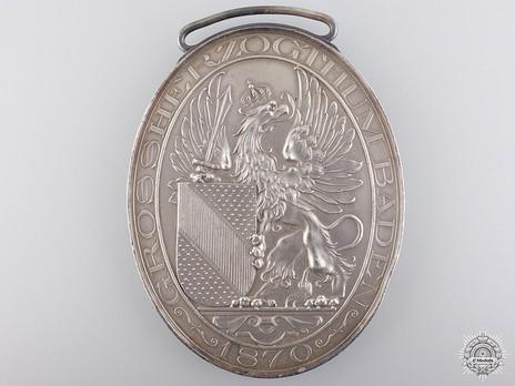 Veterans' Medal in Silver Obverse