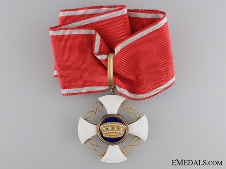 Order of the Crown of Italy, Grand Officer's Cross Obverse