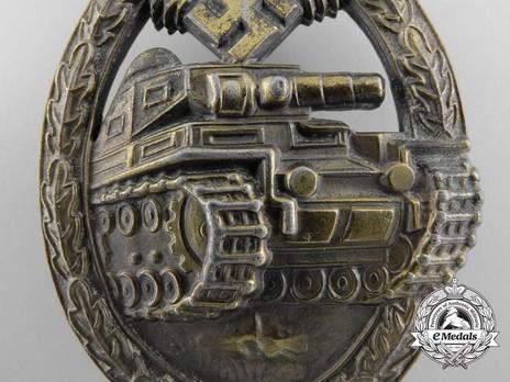 Panzer Assault Badge, in Bronze, by Unknown Maker: Seven Wheels Detail