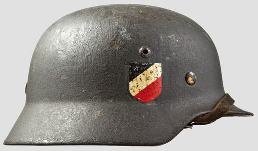 Kriegsmarine Steel Helmet M35 (Double Decal version) Right Side