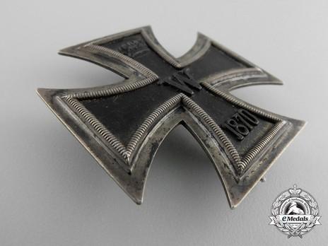 Model II, I Class (First Cross)