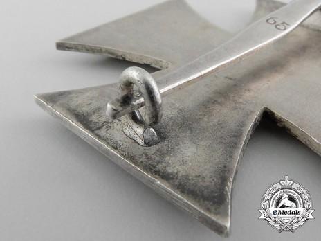 Iron Cross I Class, by Klein & Quenzer (65, Type D) Detail