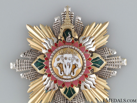 Order of the White Elephant Knight Grand Cordon breast star (Special Class) Obverse