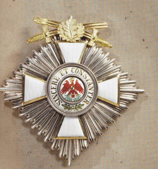 II Class Breast Star (with oak leaves & swords on ring, in gold)