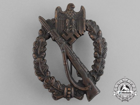 Infantry Assault Badge, by R. Souval (in bronze) Obverse
