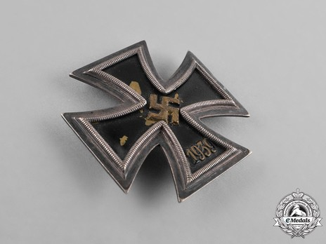 Iron Cross I Class, by O. Schickle (unmarked) Obverse