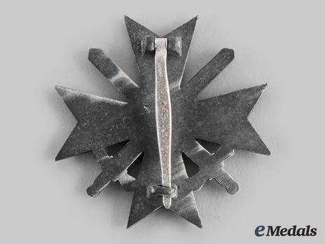 War Merit Cross I Class with Swords, by Kerbach & Oesterhelt (62, zinc) Reverse