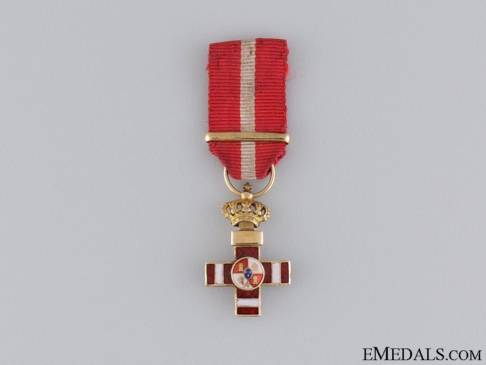 Miniature+1st+class+cross+%28red+distinction%29+%28gold%29+obverse