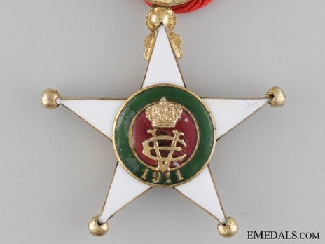 Order of the Colonial Star of Italy, Knight's Cross (in gold) Obverse