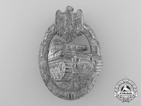 Panzer Assault Badge, in Silver, by Hymmen Obverse